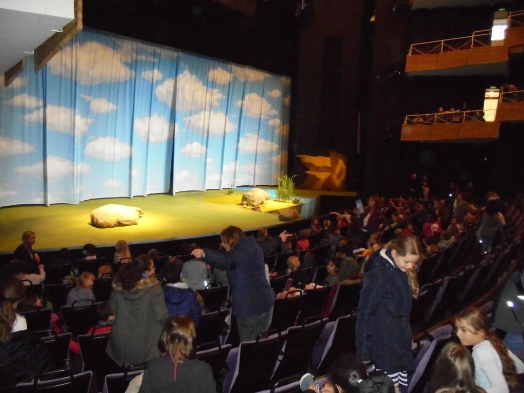 Theaterfahrt, im Theater, 19.12.2017