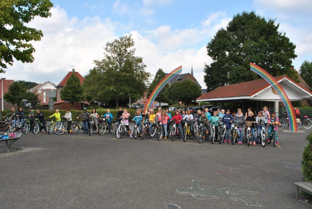 Fahrradführerschein für Viertklässler, 04.09.2015