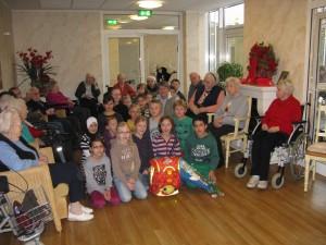 Besuch im Altenheim Haus ARCA, 4c, 12.12.2012