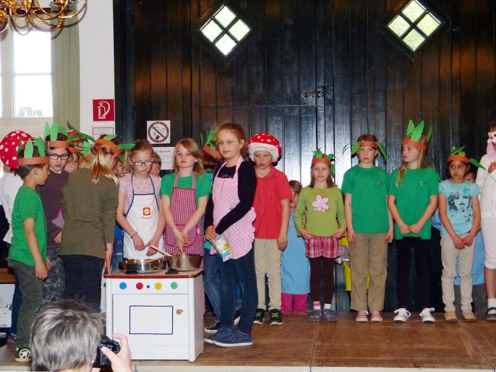 Mini-Musical Pfannkuchen 2b,St-Marienschule-Nottuln-Appelhuelsen, 06.05.2015